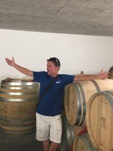 Client sur un tour vin